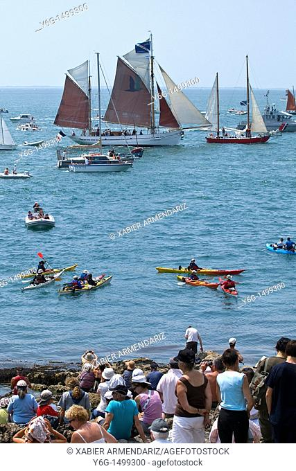 Sea festival at Port Navalo, Morbihan, Brittany, France, Europe