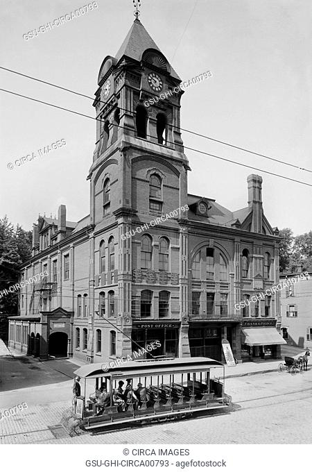 Street Scene, Post Office and Public Library, Bellows Falls, Vermont, USA, circa 1905