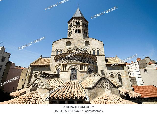 France, Puy de Dome, Clermont Ferrand, Romanesque basilica of Notre Dame du Port, listed as World Heritage by UNESCO, Way of Saint Jacques de Compostela in...