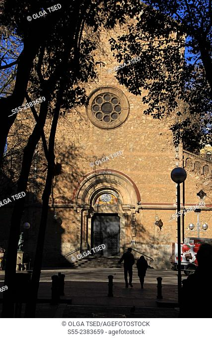 Parroquia de Sant Joan de Gracia builded between 1878 and 1884 by virrei Manuel Amat. Plaça de la Virreina, Gracia quarter, Barcelona, Catalonia, Spain