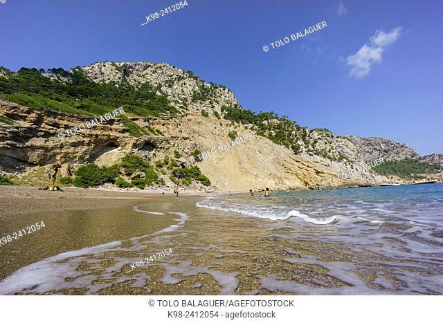 playa de Es Coll Baix, a los pies del Puig de Sa Talaia, Alcudia,islas baleares, Spain