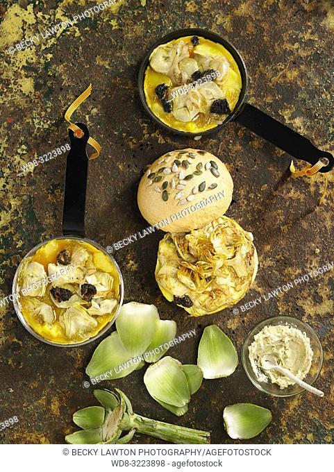tortillas con alcachofas y lazo catalan / tortillas with artichokes and catalan bow