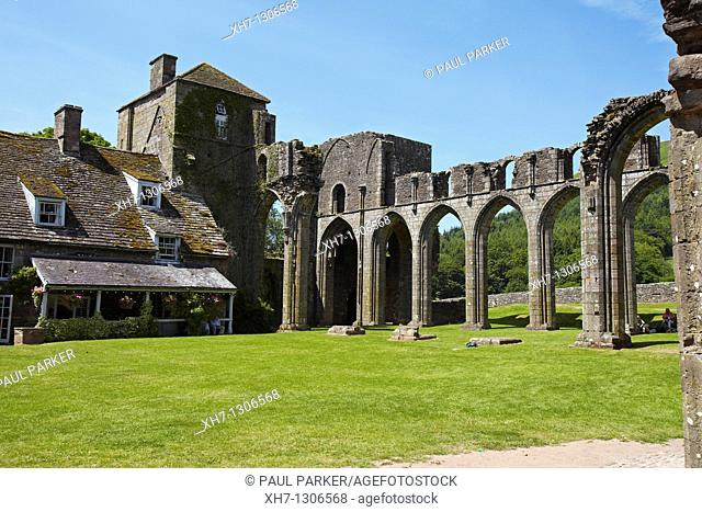 Llanthony Priory, Brecon Beacons, South Wales, UK