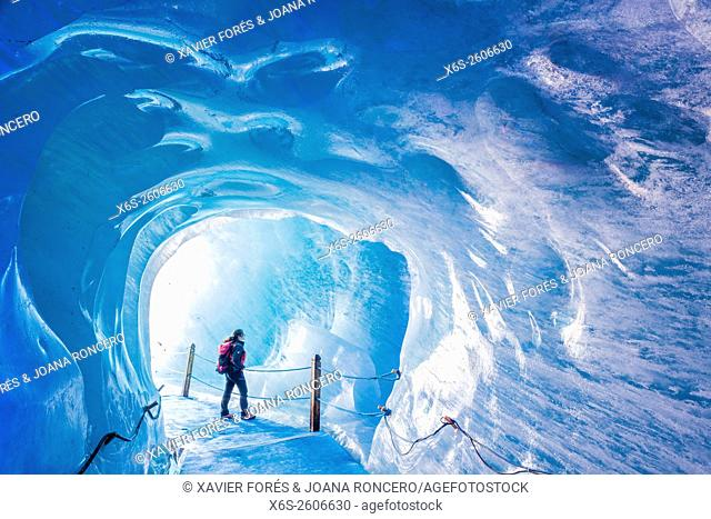 Grotte de Glace, Mer de Glace and Montenvers, Chamonix Mont-Blanc, Haure-Savoie, Rhône-Alpes, France