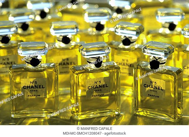 Featuring Perfume Stock Photos And Images Age Fotostock