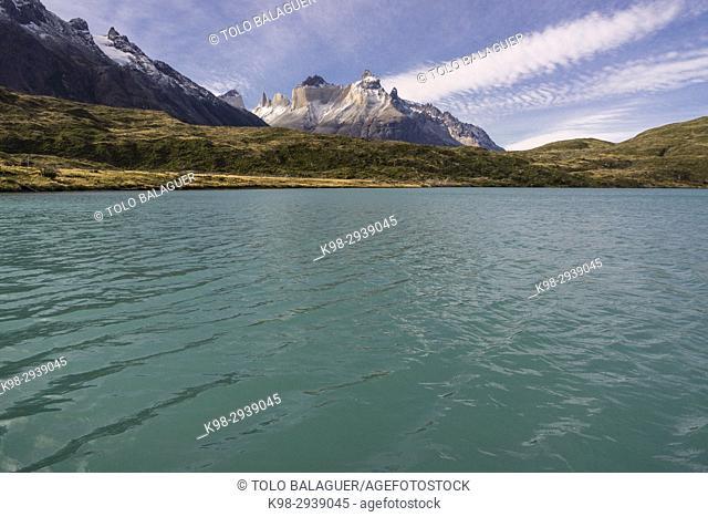cuernos del Paine, 2600 metros, trekking W, Parque nacional Torres del Paine,Sistema Nacional de Áreas Silvestres Protegidas del Estado de Chile
