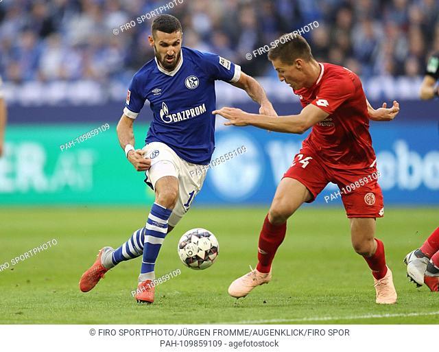 firo: 29.09.2018, football, football, 1.Bundesliga, season 2018/2019, FC Schalke 04 - FSV FSV FSV Mainz 05 1: 0 duels Daniel Caligiuri vs
