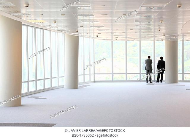 Businessmen, Iberdrola Tower, Bilbao, Bizkaia, Basque Country, Spain