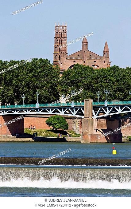 France, Haute Garonne, Toulouse, the banks of the Garonne, the Pont Saint Pierre and the Convent of the Jacobins in the background