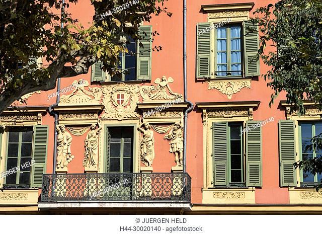 France, Provence, Côte d'Azur, Provence-Alpes-Côte d'Azur, Nizza, Nice, balcony Quai de Docs Nice Old Vieux Port Harbor