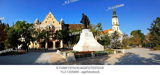 Main square with Town Hall  Kecskemét , Hungary