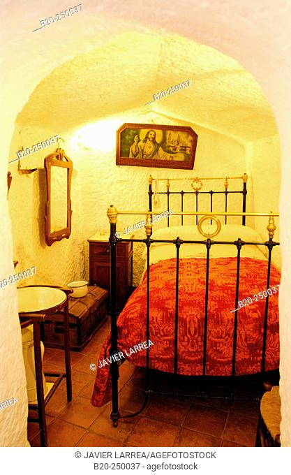 Sensational Caveman Home Stock Photos And Images Age Fotostock Home Interior And Landscaping Staixmapetitesourisinfo