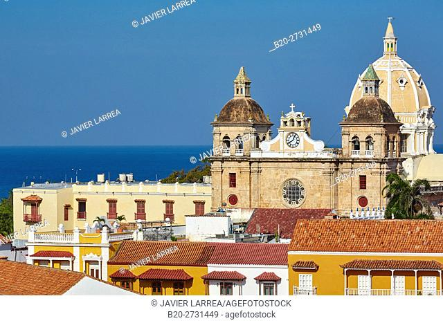 Plaza de la Aduana, San Pedro Claver church, Cartagena de Indias, Bolivar, Colombia