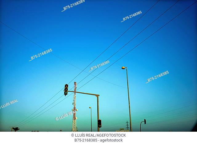 Satellite telephony, traffic lights and electric cables in the center of Fez, Morocco, Africa