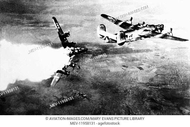 USAF Consolidated B-24 Liberator Exploding in a Fire-Ball whilst flying in formation During WW2
