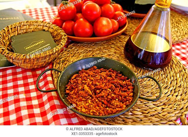 prepared dish, gastronomic festival 'Tast a la Rambla', 6th Gastronomy Week of Barcelona, Catalonia, Spain