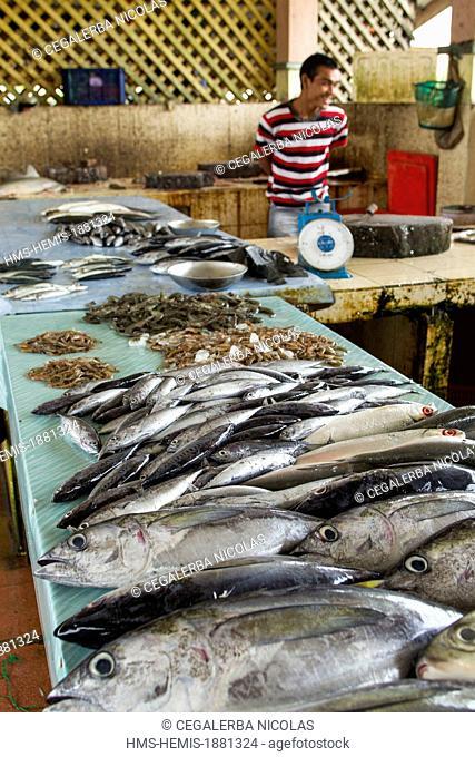 Indonesia, Sumatra Island, Aceh province, Calang, Traditional fish market