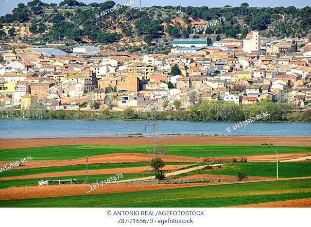 Valverde del Júcar and Alarcón reservoir, La Mancha, Cuenca province, Castilla-La Mancha, Spain
