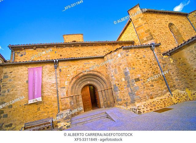 Church of La Virgen de la Peña, 12th Romanesque-Gothic Style, Agreda, Soria, Castilla y León, Spain, Europe