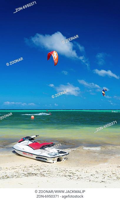 jet ski and kite surf in bolabog beach boracay philippines