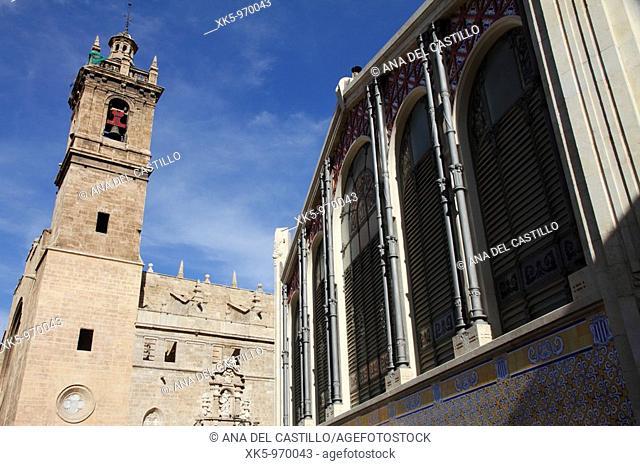 Valencia. Modernist 'Mercado Central' central market building, 1914 and church, Spain