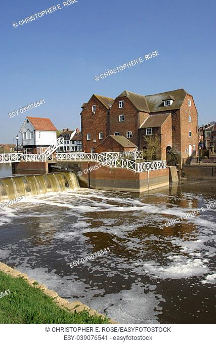 England, Severn Vale, Gloucestershire, Tewkesbury, restored mill, river control scheme