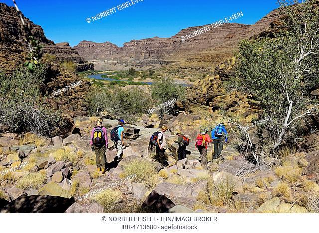 Hikers, hike down to Fishriver Canyon, Namibia