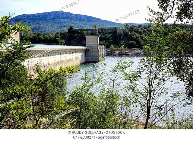 Catalunya, Spain, Girona province, l'Alt Empordá area, Boadella reservoir located on the Muga river, near Darnius, Catalonia, Spain