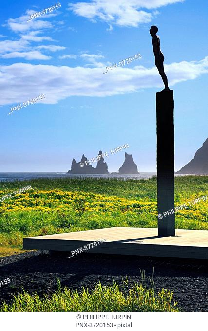 Iceland, Vik, statue by Icelandic sculptor Steinunn Thorarinsdottir and called Voyage