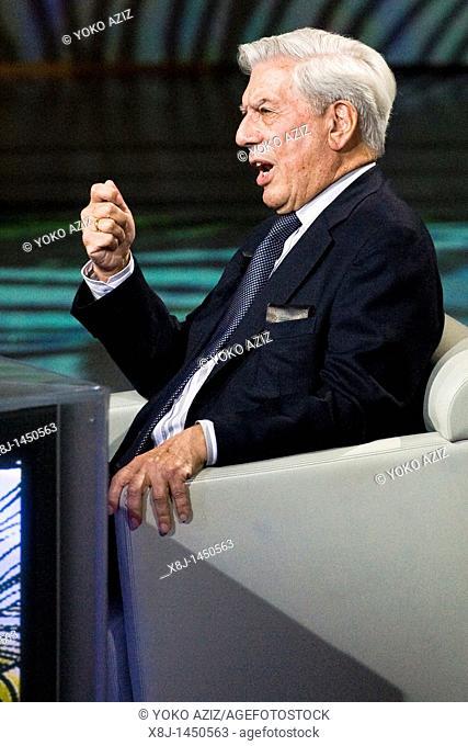 29 05 2011  Milan  Telecast 'Che tempo che fa'  Mario Vargas Llosa