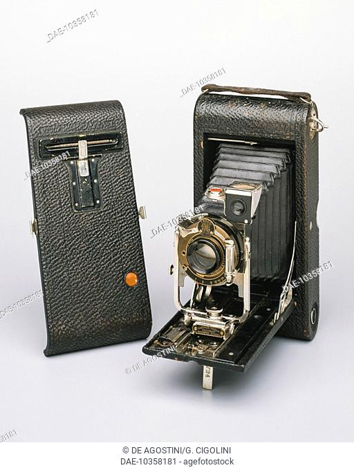 No. 3A Folding Pocket Kodak Camera, 90 mm, 1914, manufactured by the Eastman Kodak Company, 83x140 mm, United States, 20th century. Private Collection