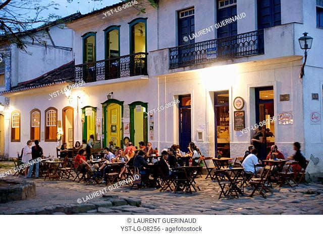 People, laser, Historical Center, City, Paraty, Brazil