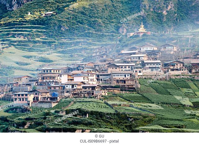 Traditional hillside village, Zhagana, Gansu, China