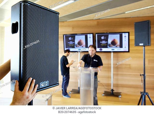 Speaker. Baffle. Sound equipment. Preparation audiovisual conference. Donostia. San Sebastian. Gipuzkoa. Basque Country. Spain