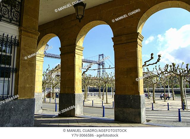 Town view with Puente colgante (transporter bridge) in background. Portugalete, Biscay, Basque Country, Spain