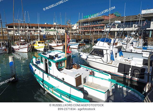 Tour Boats Fishermans Wharf San Francisco California Usa