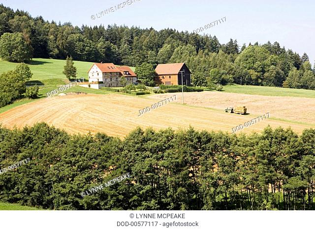 Germany, Bavaria (Bayern) state, Bayreuth town, countryside houses and fields