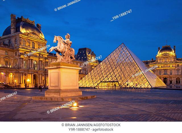 Twilight at Musee du Louvre, Paris France
