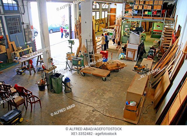carpentry workshop, industrial polygon, plaza del Nou, Zona Franca, Barcelona, Catalonia, Spain