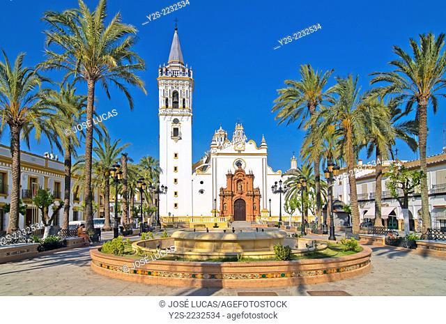 Spain Square and Church of San Juan Bautista, La Palma del Condado, Huelva-province, Region of Andalusia, Spain, Europe