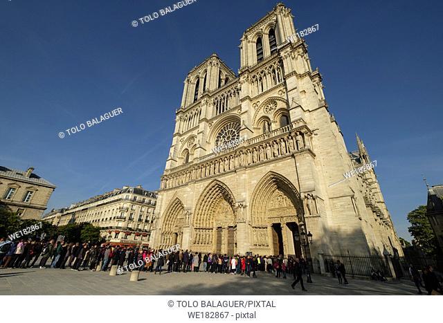 Cathédrale Notre Dame, sede de la archidiócesis de París,fachada occidental, Paris, France,Western Europe