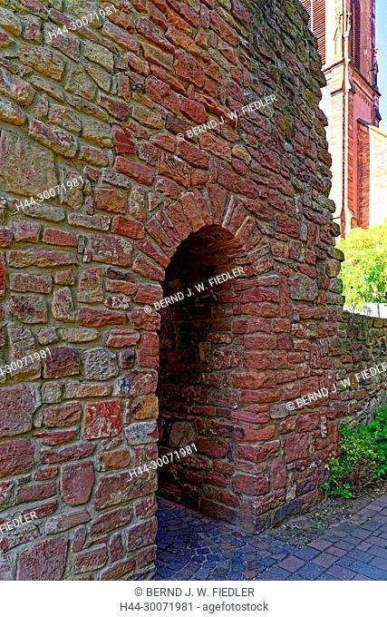 Tor, Stadtmauer
