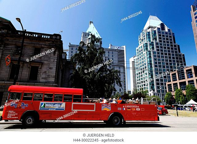 Vancouver City Center, Big Bus Tour , backgound Faimont Hotel, Skyscaper, Canada, North America
