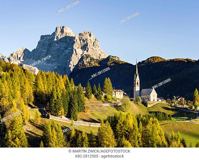 Village Selva di Cadore in Val Fiorentina. Monte Pelmo in the background, an icon of the Dolomites. The Dolomites of the Veneto are part of the UNESCO world...
