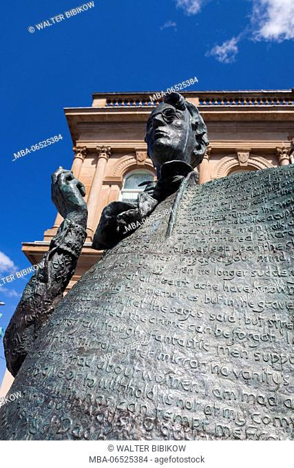 Ireland, County Sligo, Sligo, statue of poet WB Yeats
