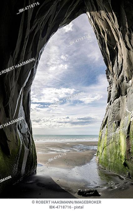 View from Whitecliffs Cave, Tongaporutu, Taranaki, North Island, New Zealand