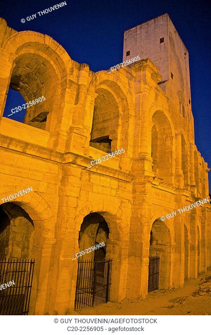 Amphitheatre,detail, night time, 25/27 BC, Arles, 13 Bouches du Rhone, Provence,France