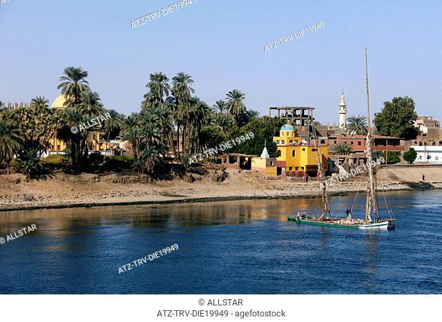GOODS FELUCCA & VILLAGE; RIVER NILE, EGYPT; 09/01/2013