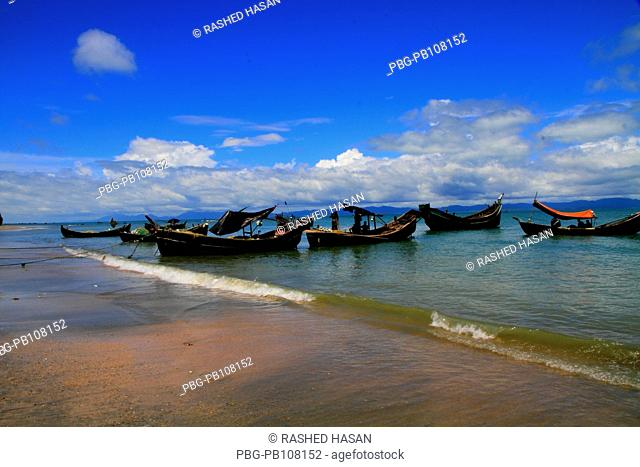Trawlers at Chera Dwip, a coral reef extension off St Martin's Island, locally known as Narkel Jinjira It is the only coral island and one of the most famous...