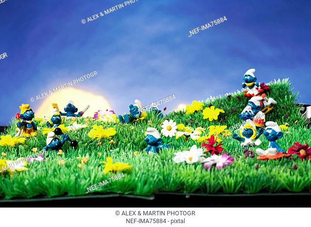 Smurfs in an artificial scenery